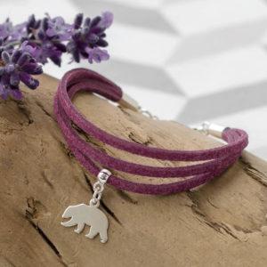 Fioletowa bransoletka z niedźwiedziem